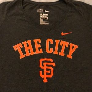 "EUC Nike Giants T-shirt ""The City"" XL"